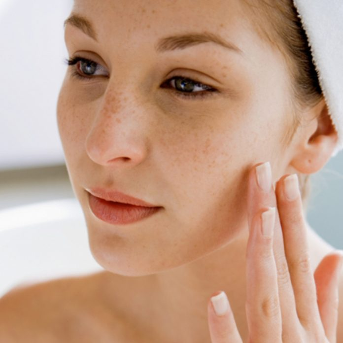 meilleur nettoyant visage pour les peaux sensibles comparatif avis test guide d'achat