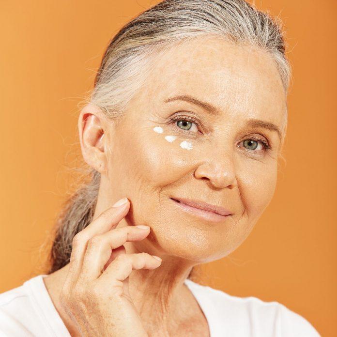 Évitez les signes du vieillissement grâce à des soins de la peau appropriés