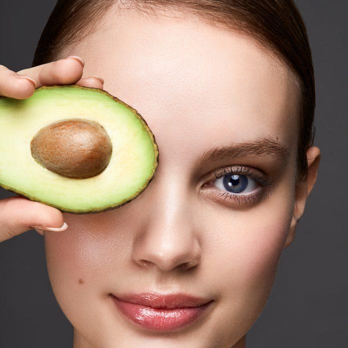 Recettes fait-maisons naturelles pour le traitement et le soin de la peau
