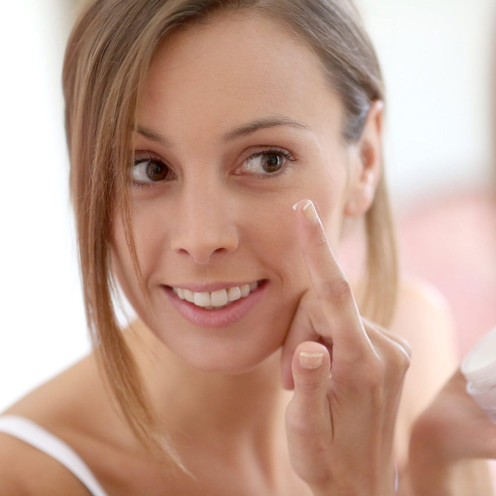 meilleures crèmes contour des yeux contre les cernes avis et guide achat test